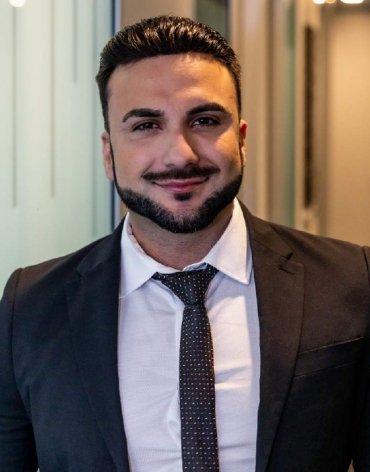 Ruslan (Ross) Ahmadzai profile photo